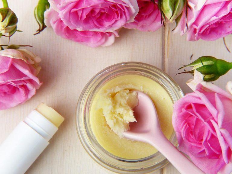 Wykorzystaj potencjał naturalnych kosmetyków pielęgnacyjnych