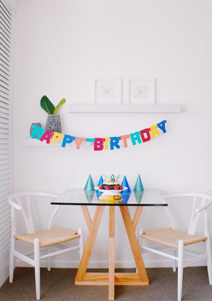 Jak wybrać odpowiednie zaproszenia na urodziny?